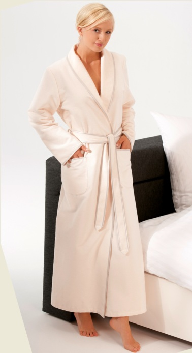 Bathrobe Caw� very long up to  size 50