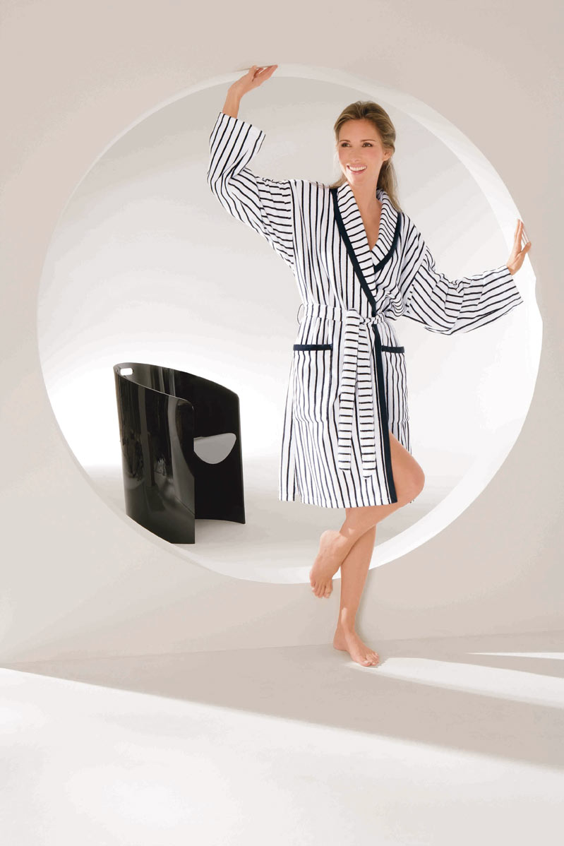 Bathrobe short for women